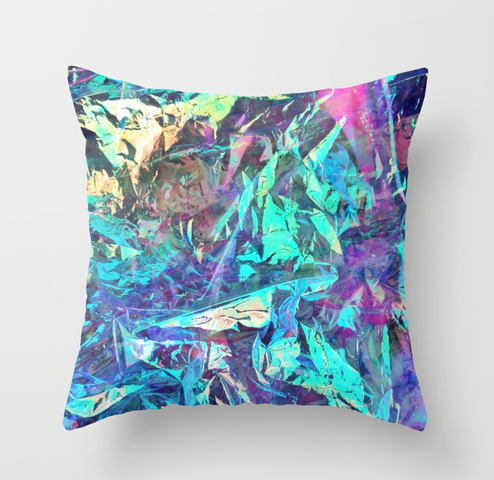 holographic pillow NRoH