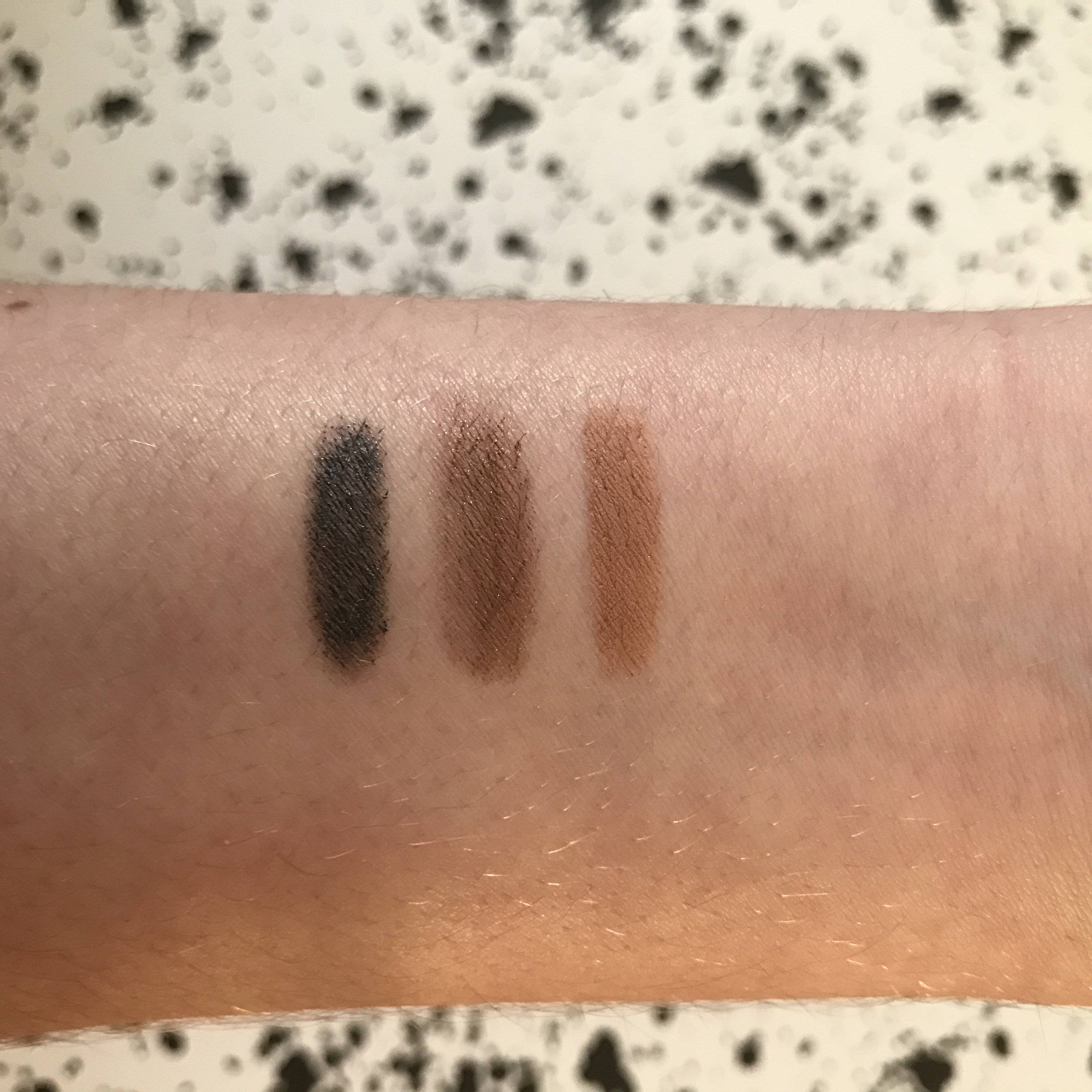 The Lazy Girls Guide To Wearing Eyeshadow No Repeats Or Hesitations