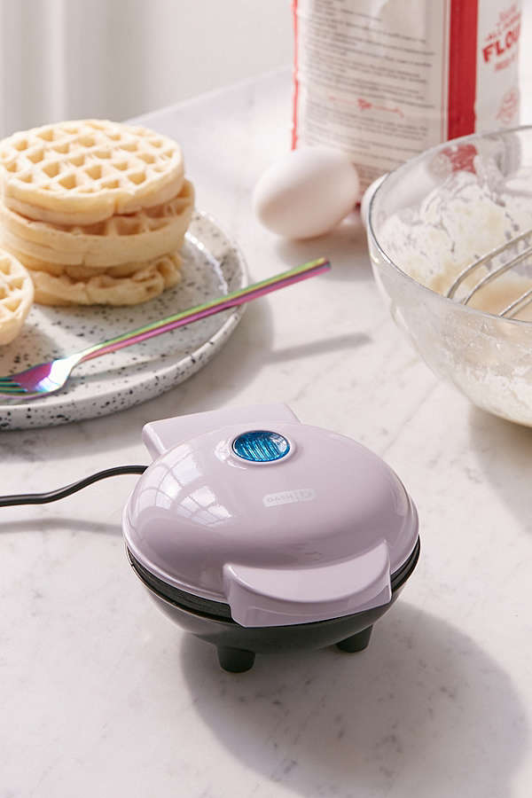 mini waffle maker uo