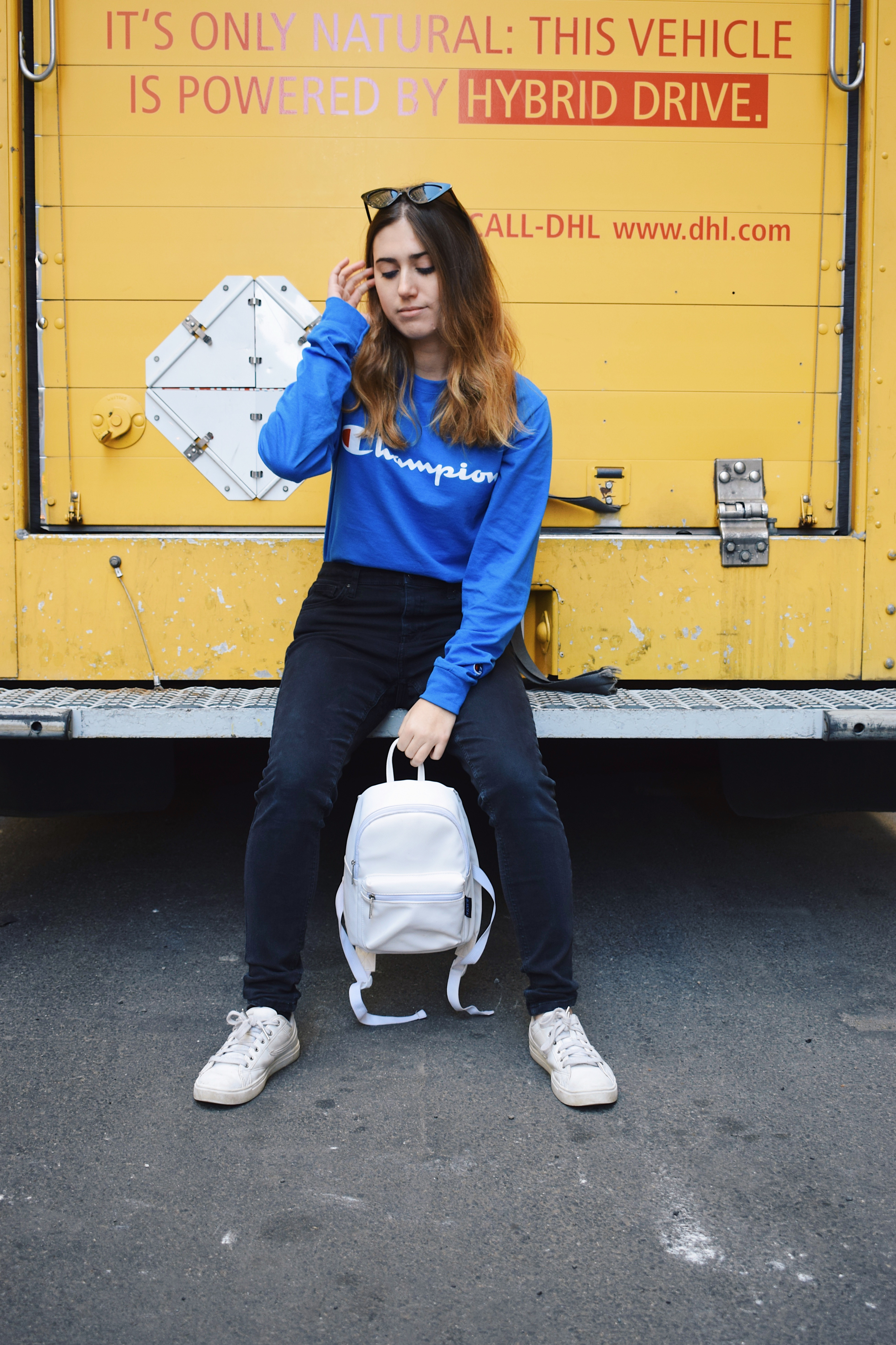 places to buy cheap streetwear