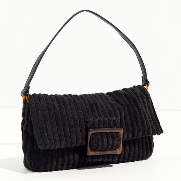 10 fashionista gifts under $50